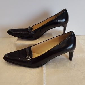 Ann Taylor Pumps 9M Low Kitten Heel Black S